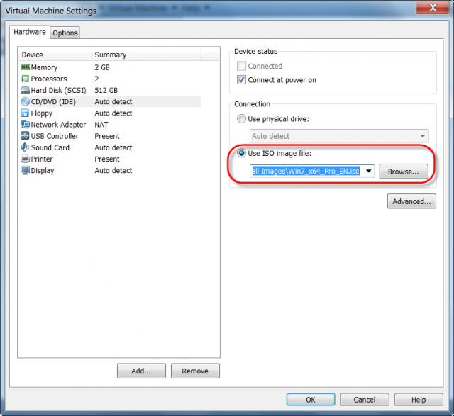 Pripojíme ISO image Windows 7 x64 ako emuláciu DVD mechaniky.