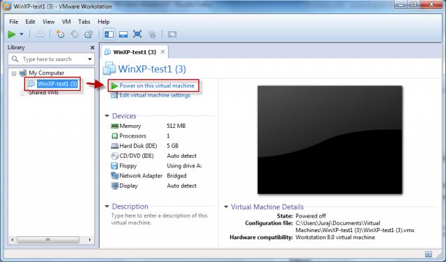 Po dokončení importu je možné VM spustiť